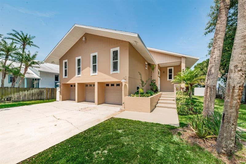 860 S FLORIDA AVENUE, Tarpon Springs, FL 34689 - #: U8085794