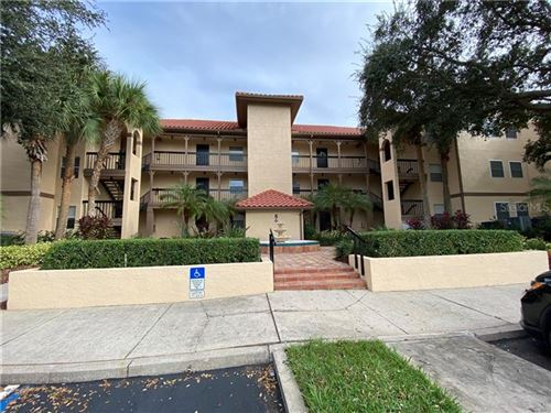 Photo of 2400 FEATHER SOUND DR #814, CLEARWATER, FL 33762 (MLS # U8104796)