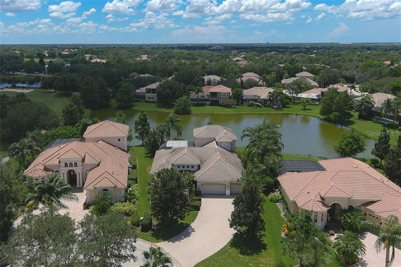 Photo of 7009 KINGSMILL COURT, LAKEWOOD RANCH, FL 34202 (MLS # A4464798)