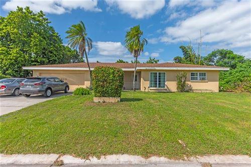 Photo of 2811 BOUGAINVILLEA STREET, SARASOTA, FL 34239 (MLS # A4478799)