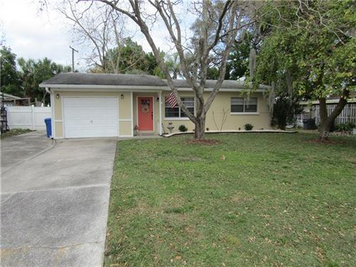 Photo of 6010 FROND WAY, APOLLO BEACH, FL 33572 (MLS # T3286799)