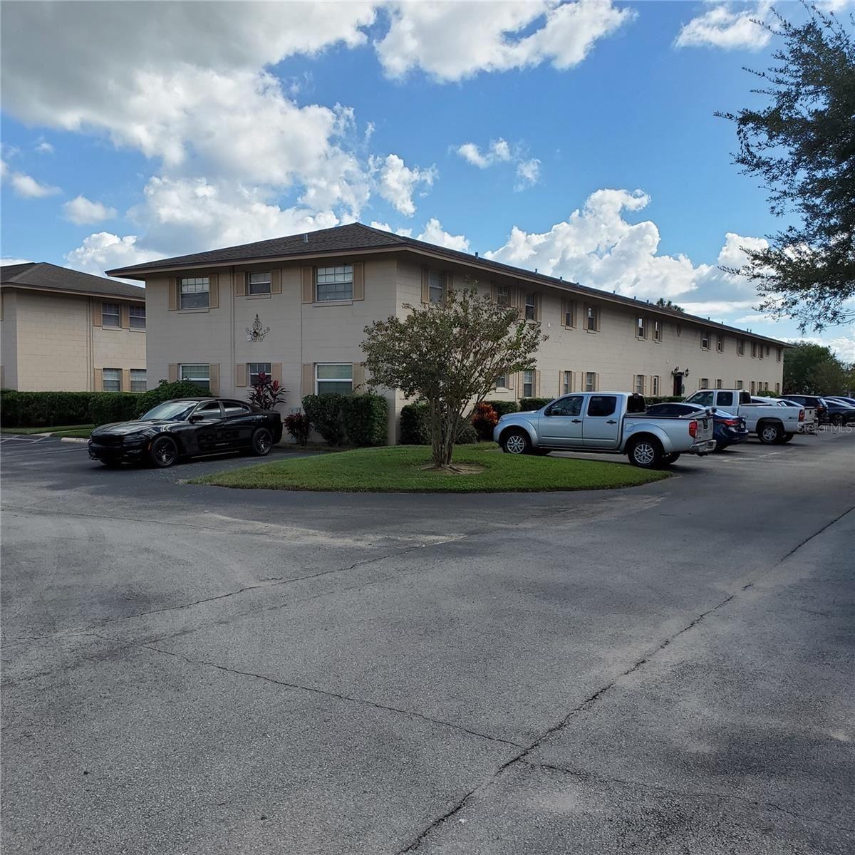 1100 E CAROLINE STREET #222, Tavares, FL 32778 - #: G5047800