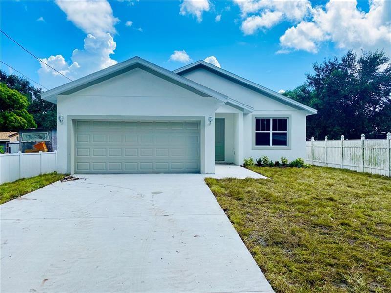 Photo of 1631 MANGO STREET, KISSIMMEE, FL 34746 (MLS # S5037801)