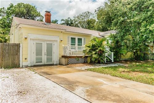 Photo of 2711 9TH AVENUE W, BRADENTON, FL 34205 (MLS # U8085803)