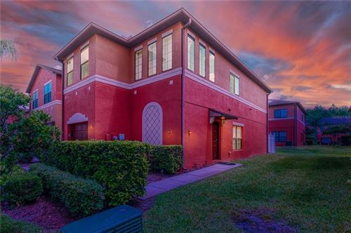 Main image for 1028 TULLAMORE DRIVE, WESLEY CHAPEL,FL33543. Photo 1 of 25