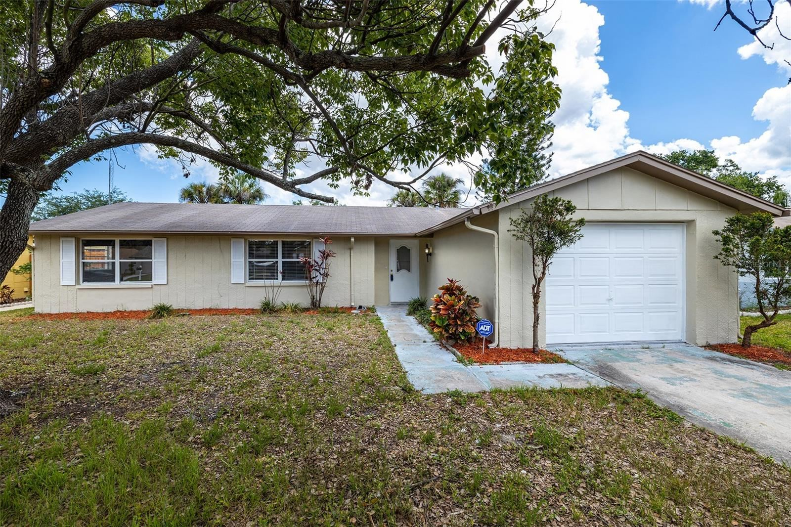 7419 ABINGTON AVENUE, New Port Richey, FL 34655 - MLS#: U8126811