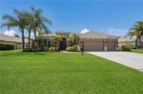 Photo of 7017 HONEYSUCKLE TRAIL, LAKEWOOD RANCH, FL 34202 (MLS # A4466812)