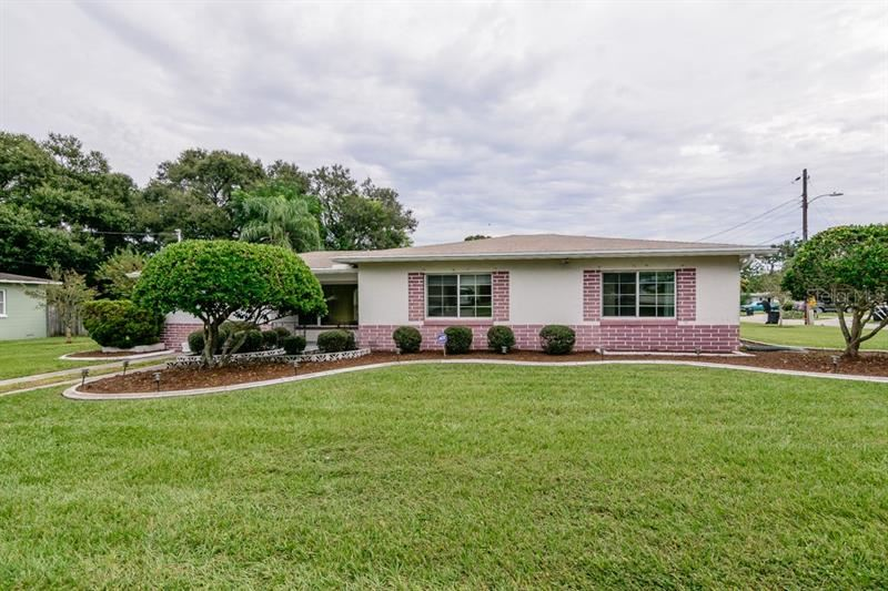1109 S Betty Lane, Clearwater, FL 33756 - #: U8062812