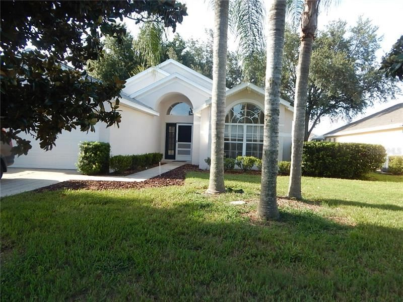 Photo of 2613 MEADOW OAKS LOOP, CLERMONT, FL 34714 (MLS # S5037813)