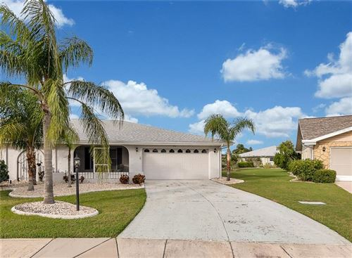Photo of 326 GREEN MANOR DRIVE, SUN CITY CENTER, FL 33573 (MLS # U8105821)
