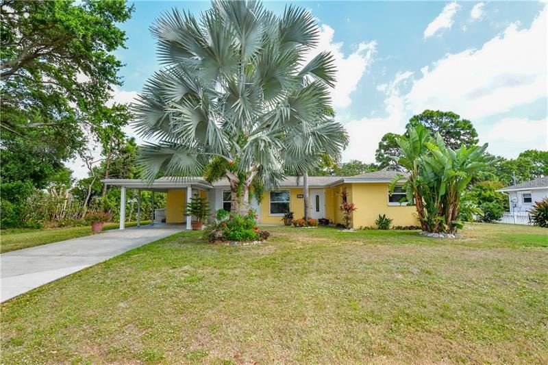 Photo of 511 BAYVIEW AVENUE, OSPREY, FL 34229 (MLS # A4462821)