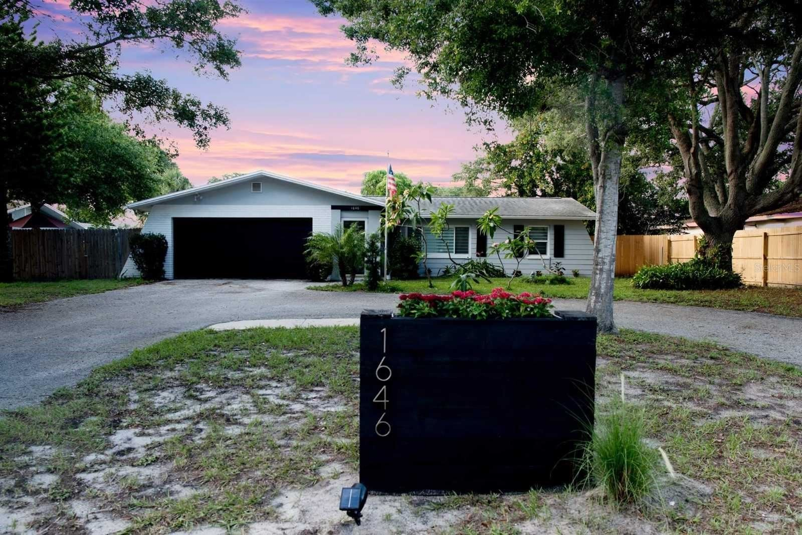 1646 SUNSET POINT ROAD, Clearwater, FL 33755 - #: U8119821