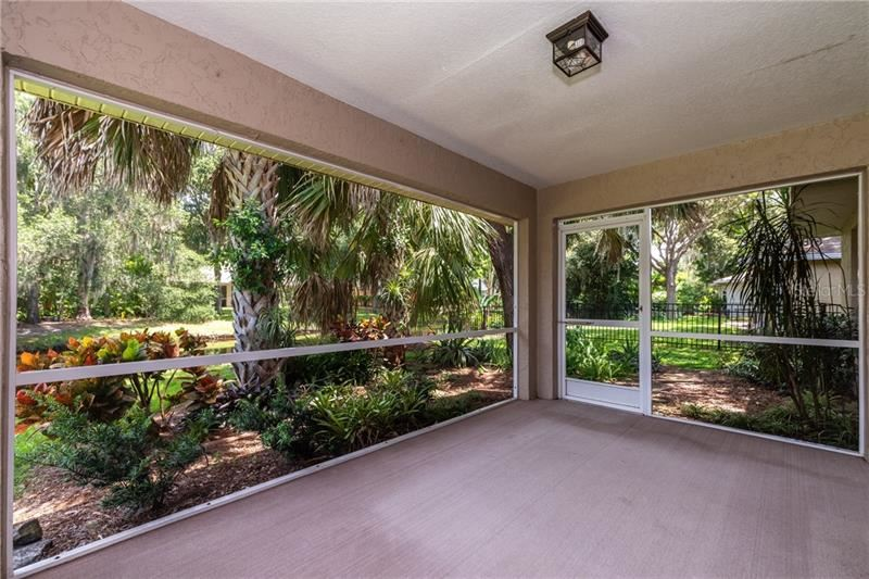 Photo of 2035 OLD TRENTON LANE, SARASOTA, FL 34232 (MLS # A4473822)
