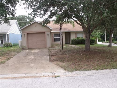 Photo of 2629 WINCHESTER CIRCLE, EUSTIS, FL 32726 (MLS # G5024824)