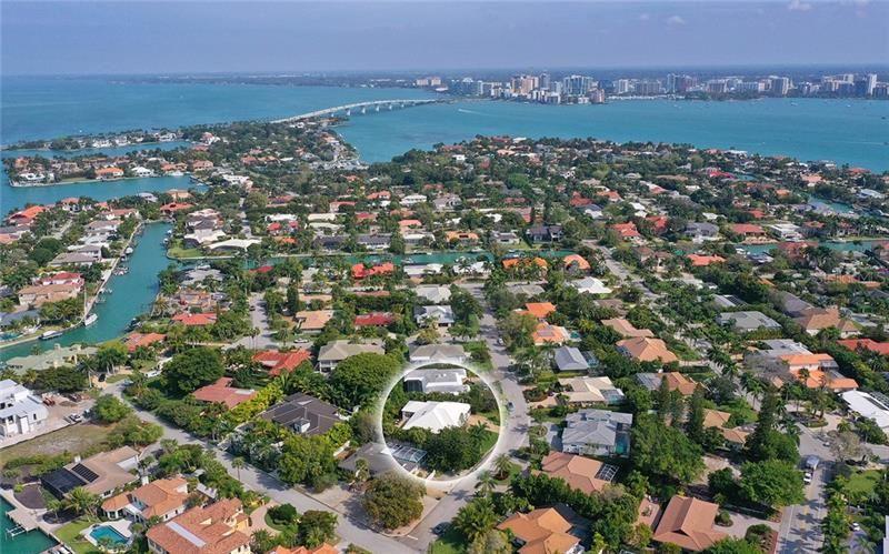Photo of 548 BLUE JAY PLACE, SARASOTA, FL 34236 (MLS # A4461824)