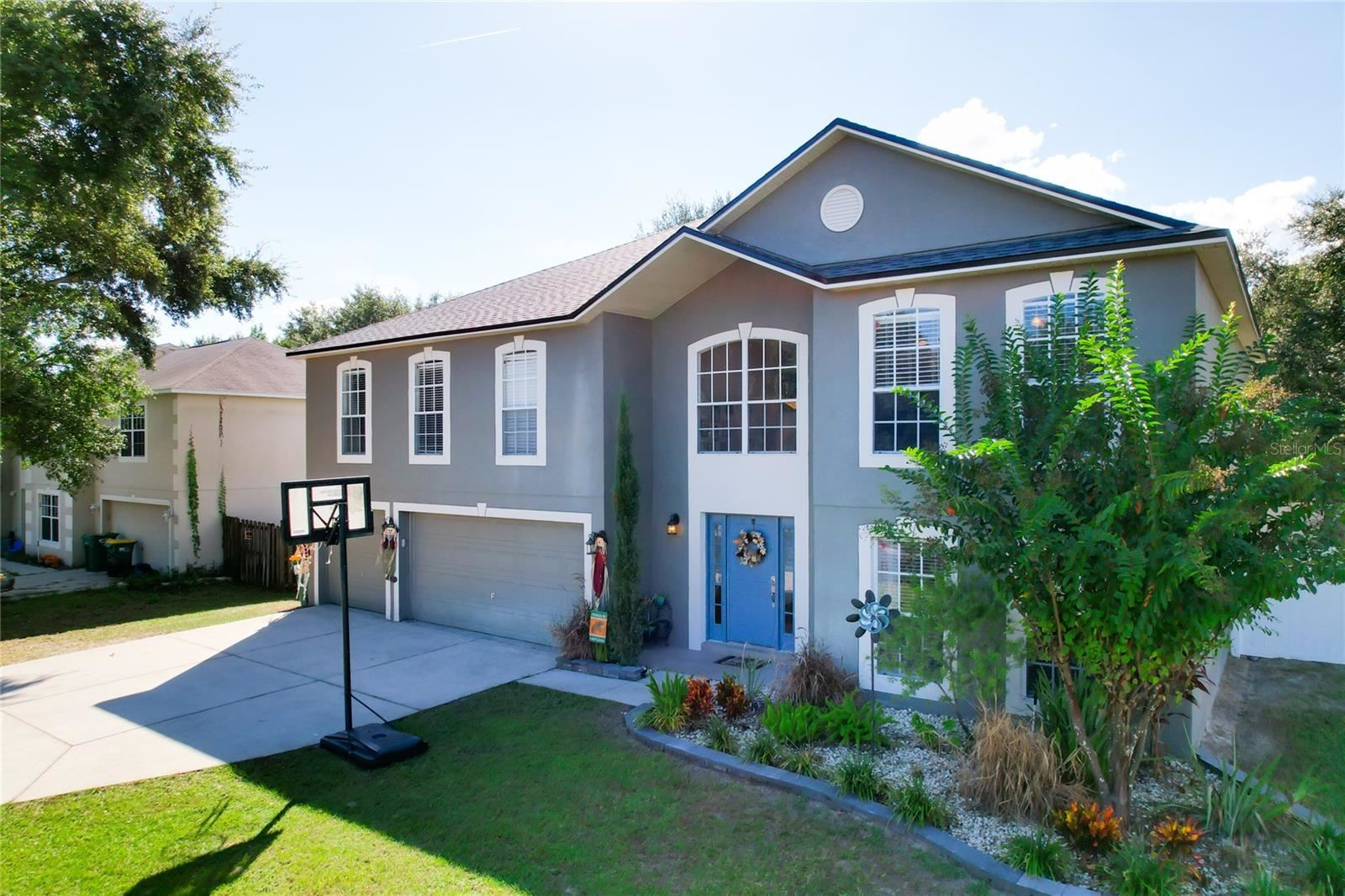 800 CLEAR BROOK COURT, Fruitland Park, FL 34731 - #: G5047824