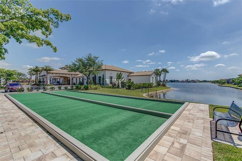 Photo of 101 VINADIO BOULEVARD, VENICE, FL 34293 (MLS # N6114824)