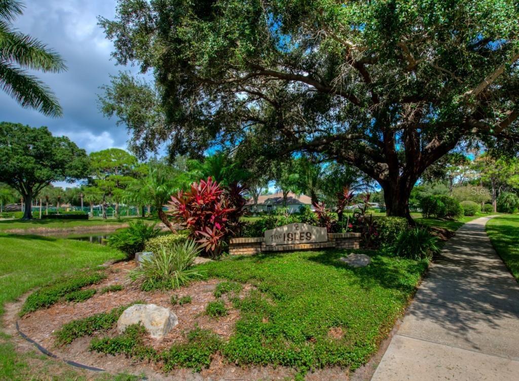 Photo of 426 BERMUDA ISLES CIRCLE, VENICE, FL 34292 (MLS # N6117824)
