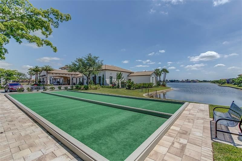 Photo of 105 VINADIO BOULEVARD, VENICE, FL 34293 (MLS # N6114825)