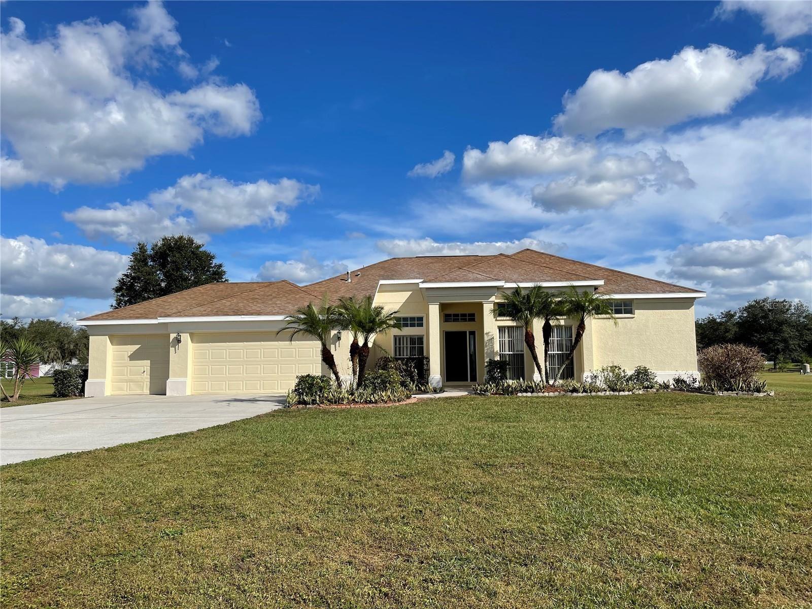 9401 SWIFT CREEK CIRCLE, Dover, FL 33527 - MLS#: L4925826