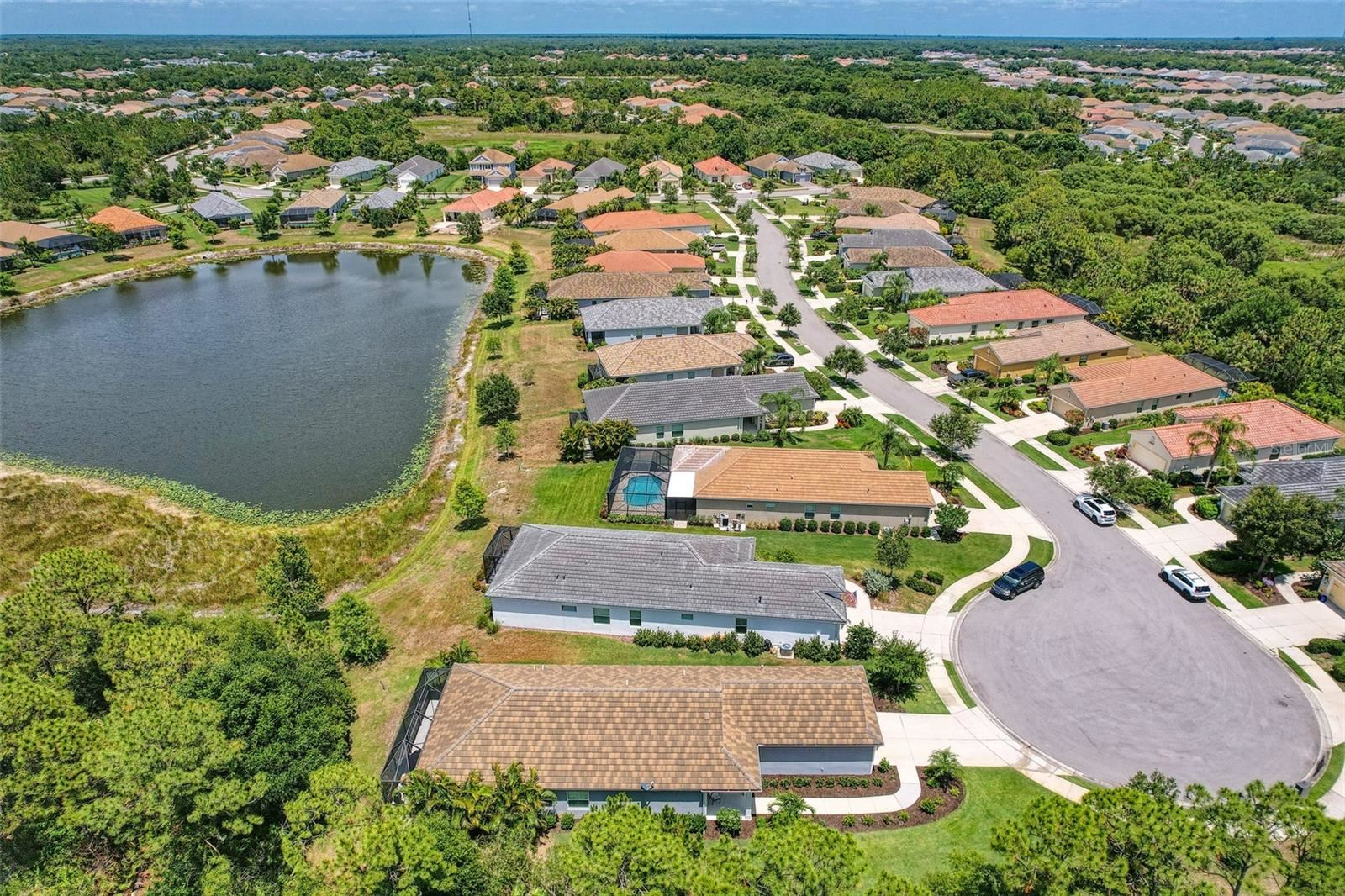 Photo of 11410 FORT LAUDERDALE PLACE, VENICE, FL 34293 (MLS # N6115828)