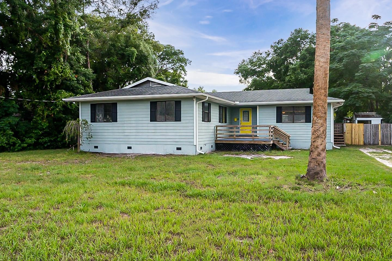 623 N DISSTON AVENUE, Tavares, FL 32778 - #: O5952828