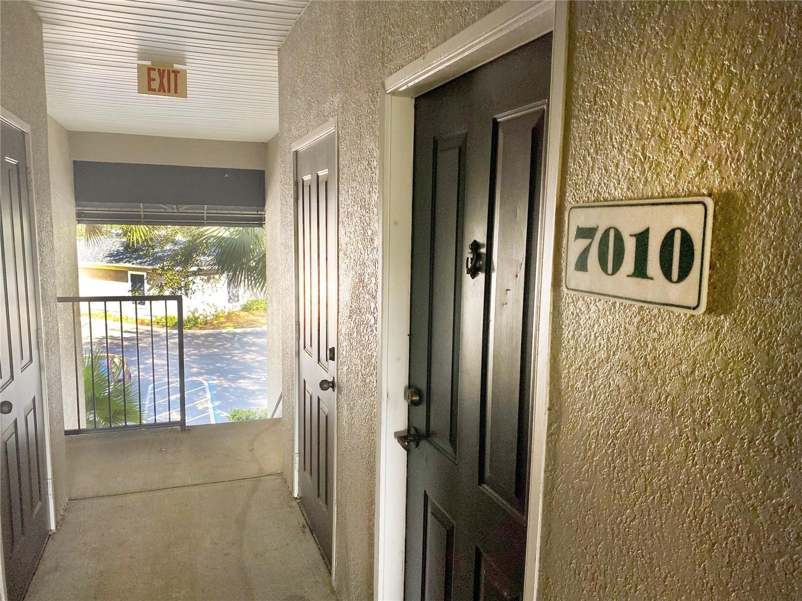 Photo of 7010 HEMINGWAY CIRCLE, HAINES CITY, FL 33844 (MLS # S5056831)