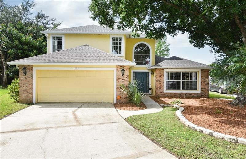 Photo of 1925 TIPTREE CIRCLE, ORLANDO, FL 32837 (MLS # O5882832)
