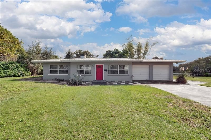 Photo of 137 HICKORY DRIVE, HAINES CITY, FL 33844 (MLS # P4909832)