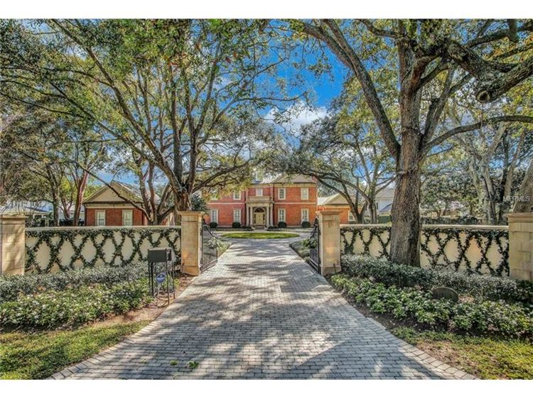 Photo for 1010 S FRANKLAND ROAD S, TAMPA, FL 33629 (MLS # T2868833)