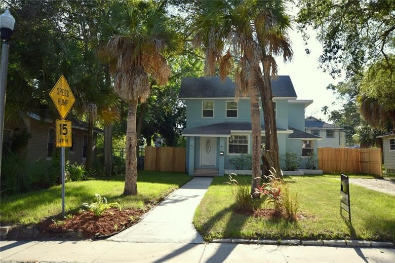 2111 13TH STREET S, Saint Petersburg, FL 33705 - #: U8100833