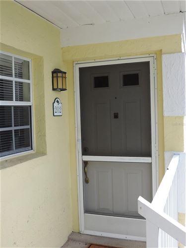 Photo of 944 CAPRI ISLES BOULEVARD #202, VENICE, FL 34292 (MLS # A4507835)