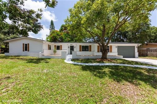 Photo of 531 BURKE ROAD, VENICE, FL 34293 (MLS # C7430837)