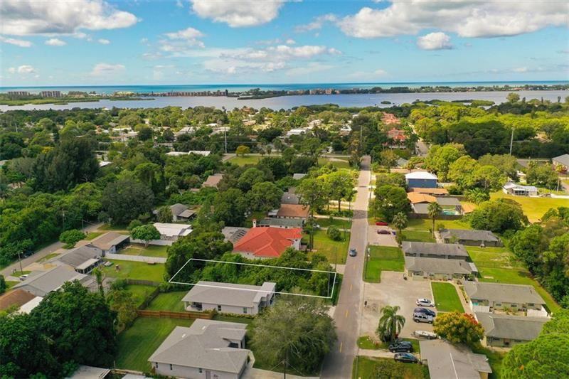 Photo of LIVINGSTONE STREET, SARASOTA, FL 34231 (MLS # A4446837)