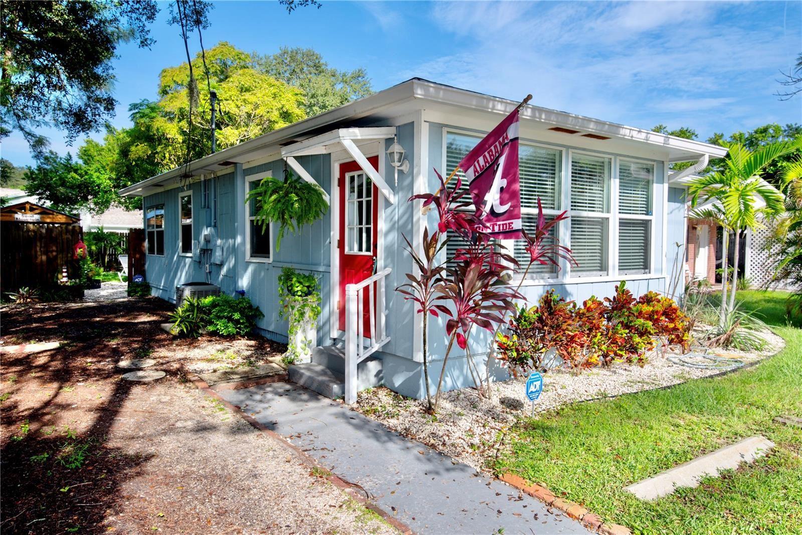 1930 DOUGLAS AVENUE, Clearwater, FL 33755 - #: U8136837