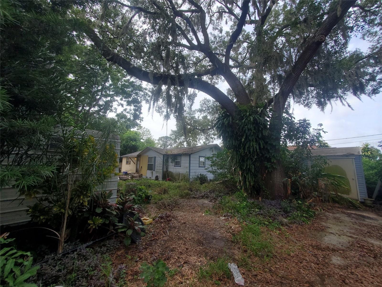 530 HOWELL PLACE, Sarasota, FL 34232 - #: A4504840