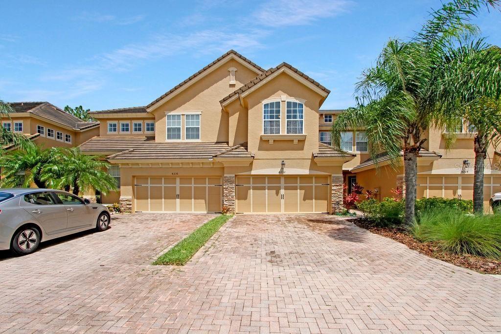 8232 VILLA GRANDE COURT, Sarasota, FL 34243 - #: A4506843