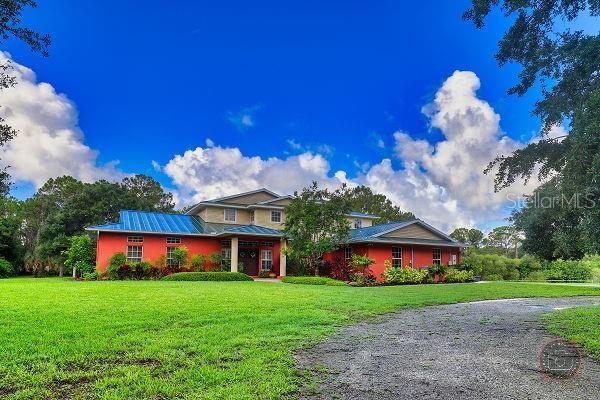 Photo of 2474 BORDER ROAD, VENICE, FL 34292 (MLS # D6119843)