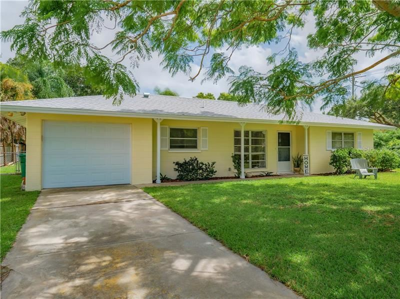 Photo of 8743 DUNMORE DRIVE, SARASOTA, FL 34231 (MLS # N6111844)