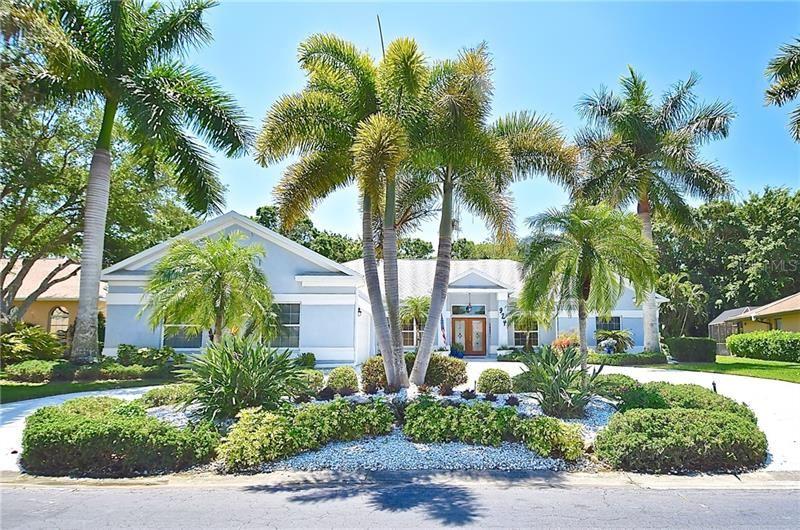 Photo of 924 S DORAL LANE, VENICE, FL 34293 (MLS # N6114844)