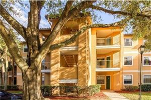 Main image for 3028 PARKWAY BOULEVARD #304, KISSIMMEE, FL  34747. Photo 1 of 11