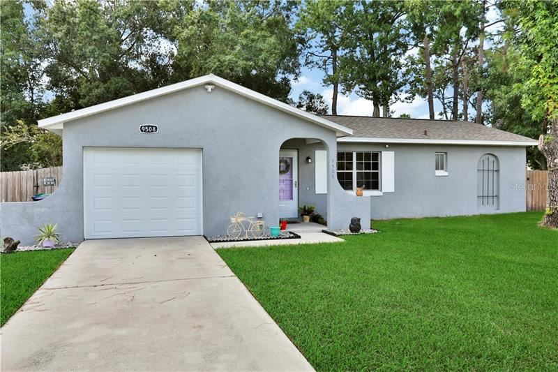Photo of 9508 TURKEY OAK BEND, ORLANDO, FL 32817 (MLS # O5882861)