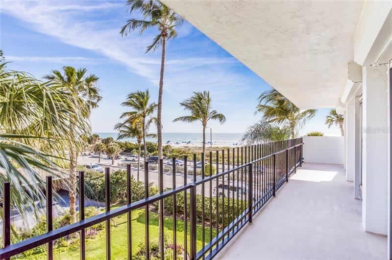 Photo of 101 BENJAMIN FRANKLIN DRIVE #32, SARASOTA, FL 34236 (MLS # A4450863)