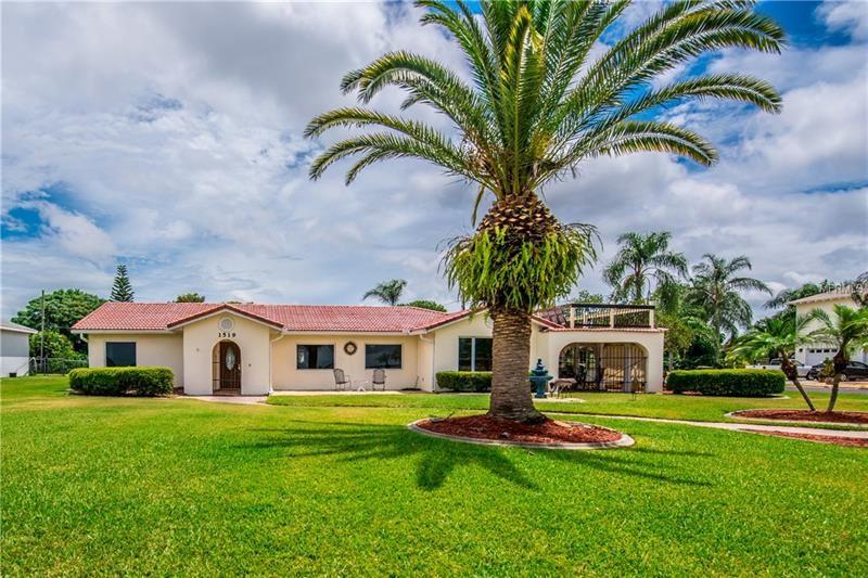 1519 Lakeshore Boulevard, Saint Cloud, FL 34769 - #: S5013863