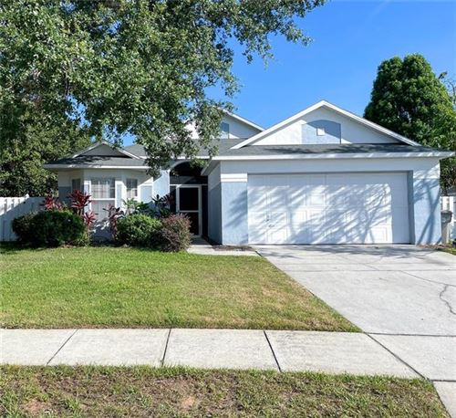 Photo of 258 LAKE DOE BOULEVARD, APOPKA, FL 32703 (MLS # O5944865)