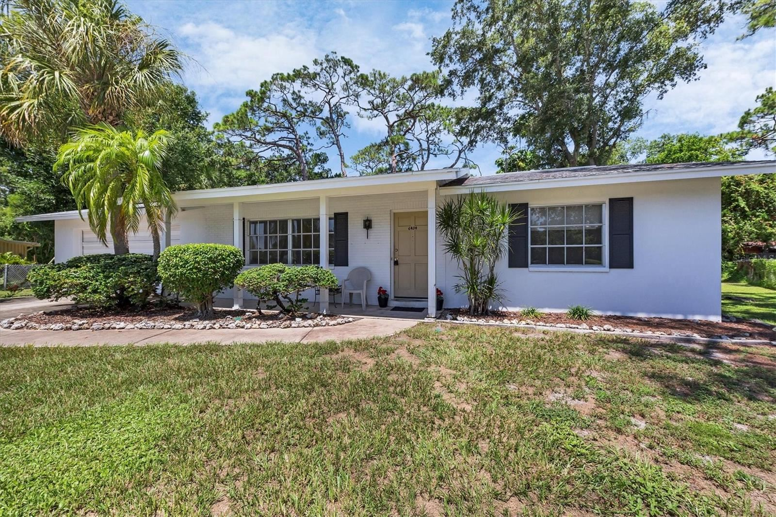 6434 COLONIAL DRIVE, Sarasota, FL 34231 - #: N6116868