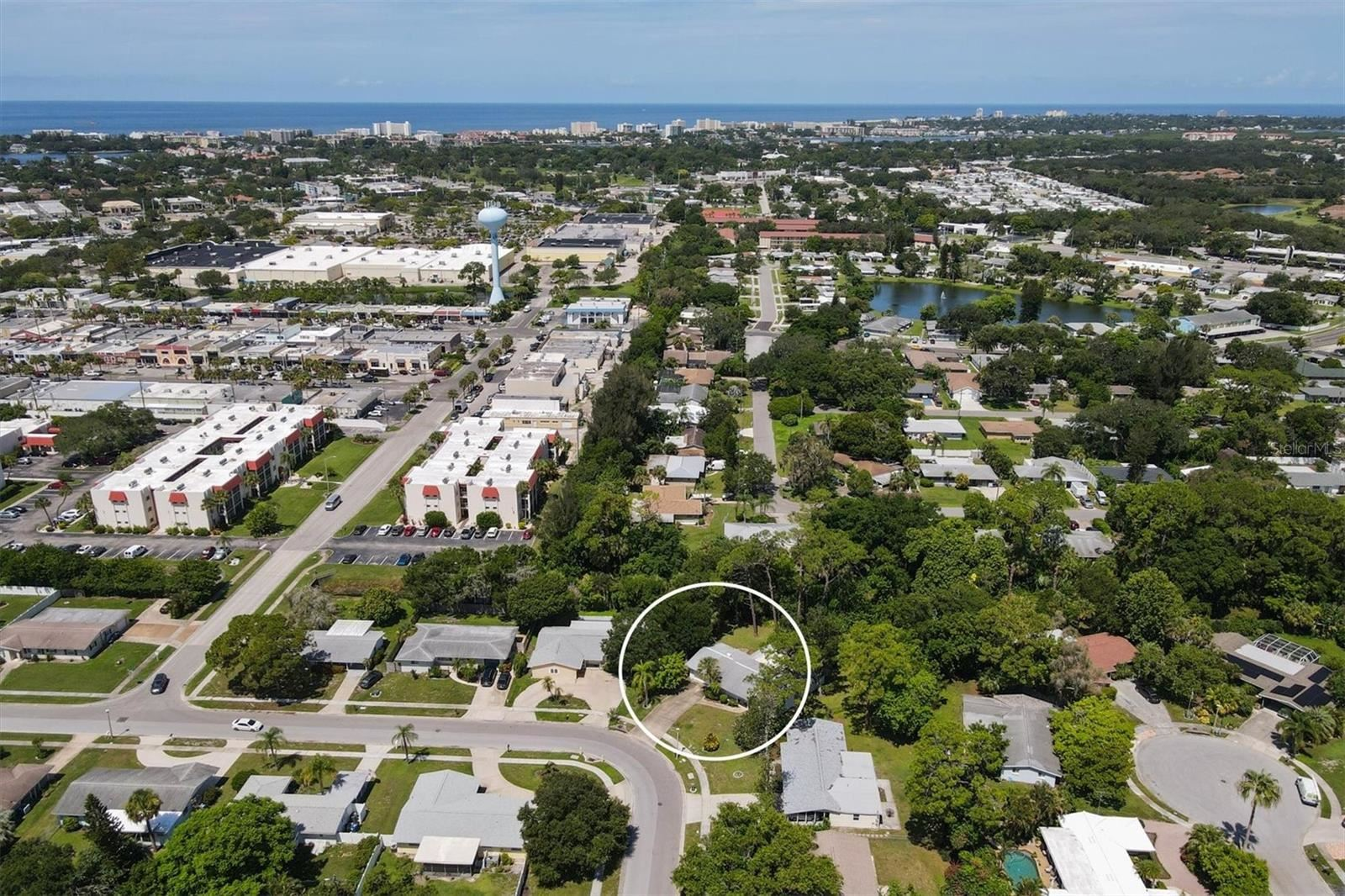 Photo of 6434 COLONIAL DRIVE, SARASOTA, FL 34231 (MLS # N6116868)