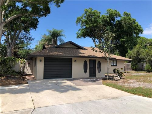 Photo of 350 PORPOISE ROAD, VENICE, FL 34293 (MLS # N6109870)