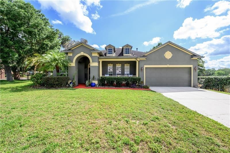 501 CROWNED EAGLE COURT, Valrico, FL 33594 - MLS#: T3233871