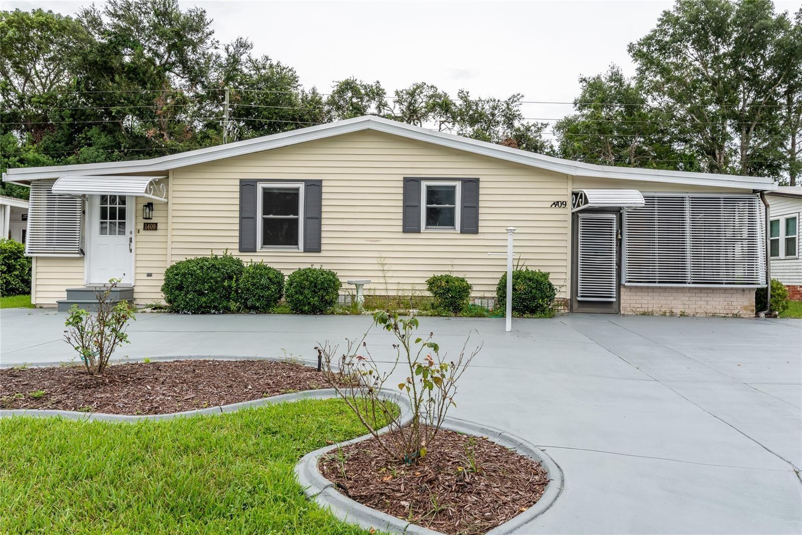 1409 E SCHWARTZ BOULEVARD, Lady Lake, FL 32159 - #: G5042874